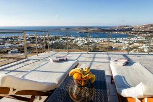 Studios & Apartments in Paros